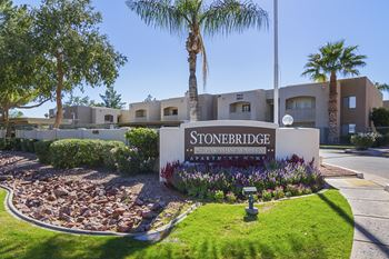 4315 E Thunderbird Rd Studio-3 Beds Apartment for Rent Photo Gallery 1