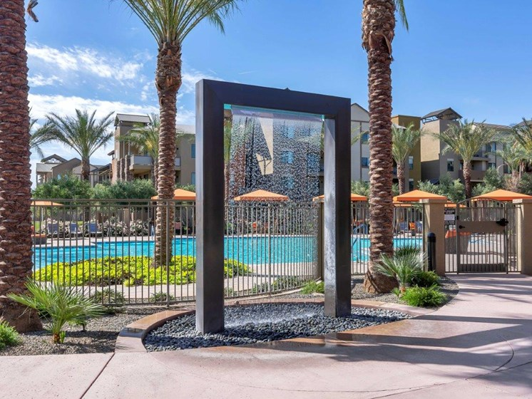 Noria Apartments Pool Shower