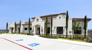 4306 N. Quinlan Park Rd. 1-3 Beds Apartment for Rent Photo Gallery 1