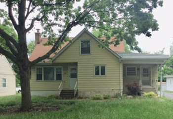 40 2ND St 3 Beds House for Rent Photo Gallery 1