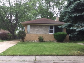 16009 Debbie Ln 4 Beds House for Rent Photo Gallery 1