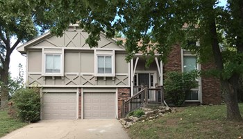 11568 EARNSHAW St 4 Beds House for Rent Photo Gallery 1