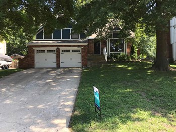 14731 S Summertree Lane 4 Beds House for Rent Photo Gallery 1