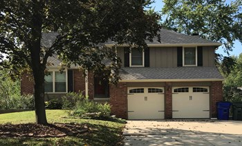 2013 E SHERIDAN BRIDGE Drive 4 Beds House for Rent Photo Gallery 1