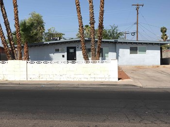 2745 Burnham Ave 4 Beds House for Rent Photo Gallery 1