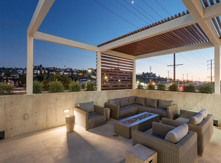 Rooftop Lounge at The Perch, Los Angeles, CA