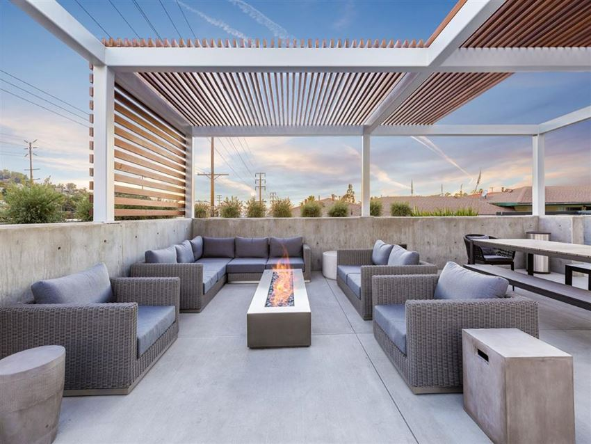 Rooftop Lounge With Fireplace at The Perch, California