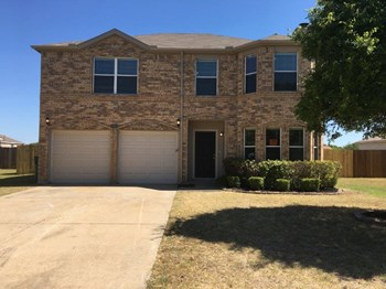 810 Cascade Dr 4 Beds House for Rent Photo Gallery 1