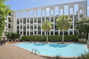 3850 W Northwest Hwy, Suite 1000 1-3 Beds Apartment for Rent Photo Gallery 1