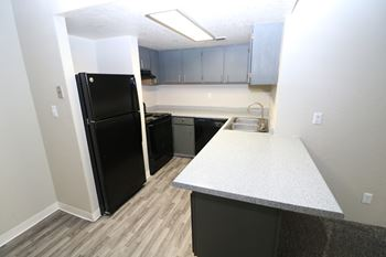 Awe Inspiring 1 Bedroom Apartments In Albuquerque Interior Design Ideas Skatsoteloinfo