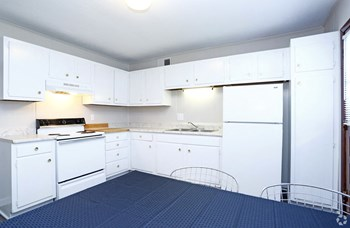 118 Broadhurst Rd 1-2 Beds Apartment for Rent Photo Gallery 1