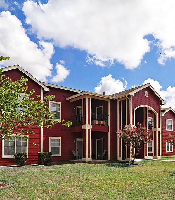 Champions Crossing | Apartments in San Marcos, TX