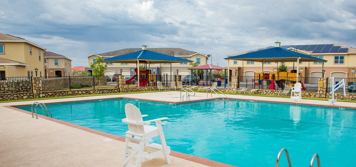 Fort bliss family homes rental homes in el paso tx - Homes for sale with swimming pool el paso tx ...