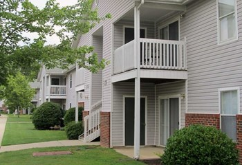 500 Chapman Pointe Circle 3 Beds Apartment for Rent Photo Gallery 1
