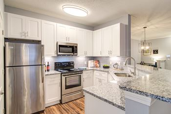 101 Leaf Lake Blvd 1-3 Beds Apartment for Rent Photo Gallery 1
