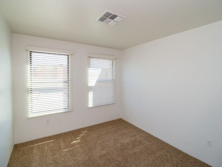 bedroom at Coronado Commons and Villas in Sierra Vista AZ (4)