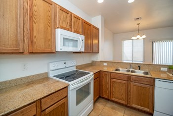 1016 Sentinel Peak Road 2-4 Beds Apartment for Rent Photo Gallery 1