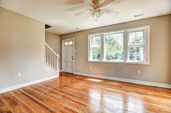 4306 1st Avenue 3 Beds House for Rent Photo Gallery 1