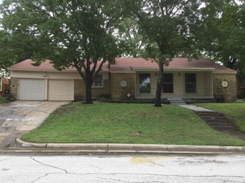 4901 Staples Ave 3 Beds House for Rent Photo Gallery 1