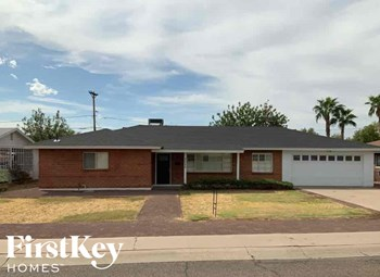 2025 W Campbell Avenue 3 Beds House for Rent Photo Gallery 1