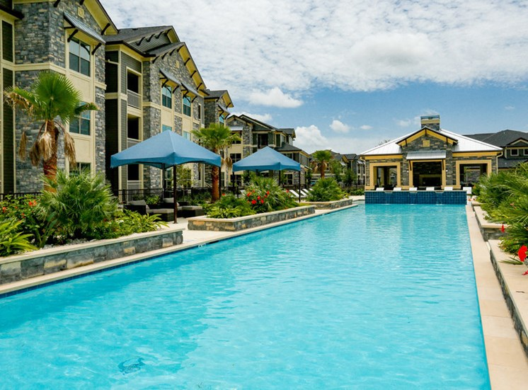 apartments in lake jackson with pool