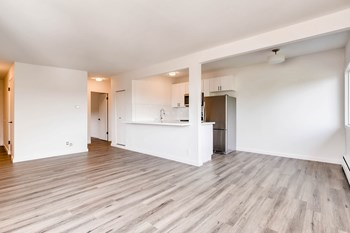 2557 13th Ave W 1-3 Beds Apartment for Rent Photo Gallery 1