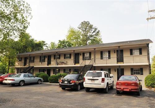 Test_Central Avenue Apartments Community Thumbnail 1