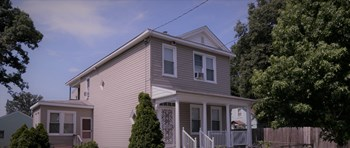 611 Cheatwood Avenue 4 Beds House for Rent Photo Gallery 1