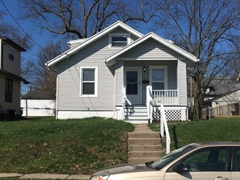 6623 Betts Ave 3 Beds House for Rent Photo Gallery 1