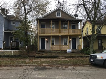 717 Mulberry St 3 Beds Duplex/Triplex for Rent Photo Gallery 1