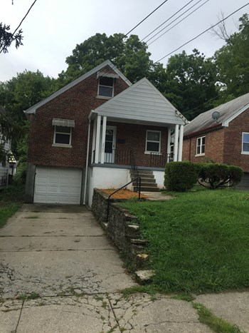 2903 Montclair Ave 3 Beds House for Rent Photo Gallery 1