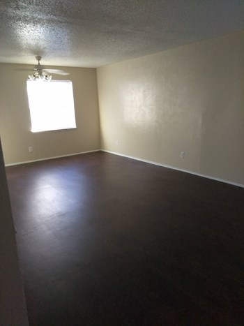 Villas at Edgewood 1-2 Beds Apartment for Rent Photo Gallery 1