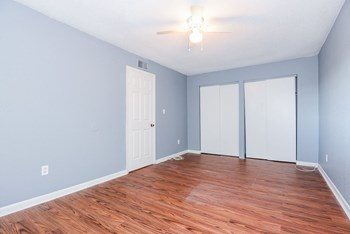 3729 W Tyson Avenue 1-2 Beds Apartment for Rent Photo Gallery 1