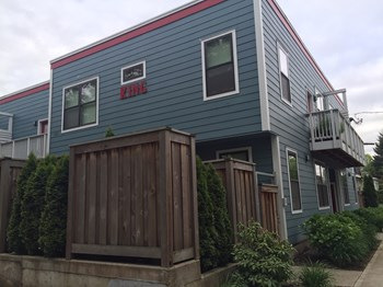 3225 NE MARTIN LUTHER KING BLVD Studio-2 Beds Apartment for Rent Photo Gallery 1