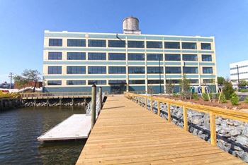 519 Front Street 1-2 Beds Apartment for Rent Photo Gallery 1