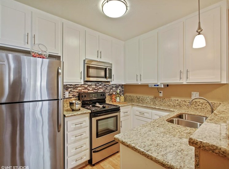 Chef-Inspired Kitchens at The Trails at San Dimas, 444 N. Amelia Avenue