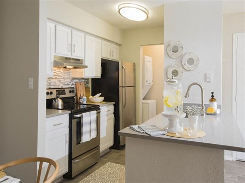 Elkridge MD Apartment for Rent - Sherwood Crossing Kitchen