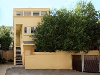 533 Bryant Street Studio Apartment for Rent Photo Gallery 1