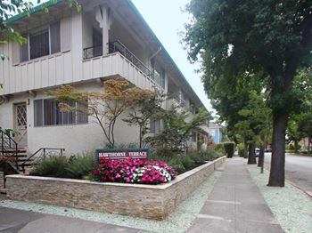 202 Ramona Avenue 1-2 Beds Apartment for Rent Photo Gallery 1