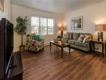 47 Green Knolls Dr Studio 3 Beds Apartment For Rent