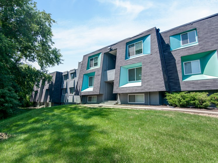 Millennial apartment homes at NoRi Apartments in North Kansas City, MO