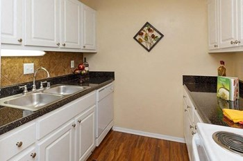 861 Tyler Circle 1-3 Beds Apartment for Rent Photo Gallery 1