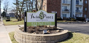 7429 Montgomery Road 1-2 Beds Apartment for Rent Photo Gallery 1