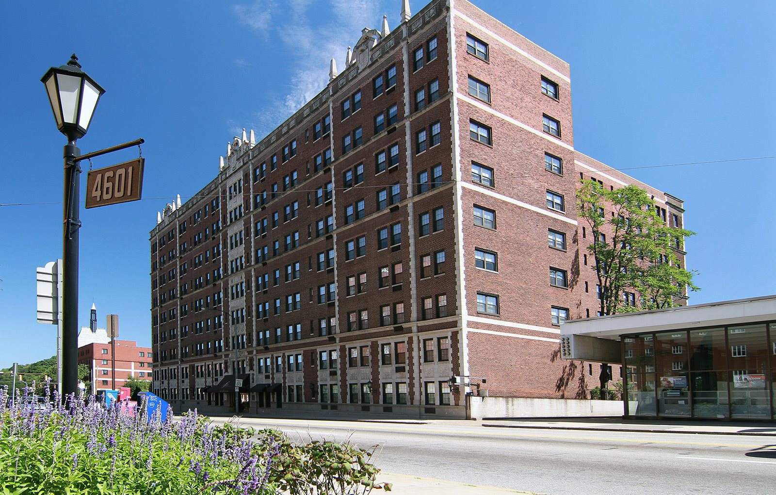 Fairfax Apartments in downtown Pittsburgh
