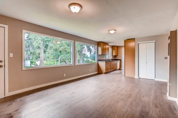 15706 - 15728 1St Ave NE Studio-2 Beds Apartment for Rent Photo Gallery 1