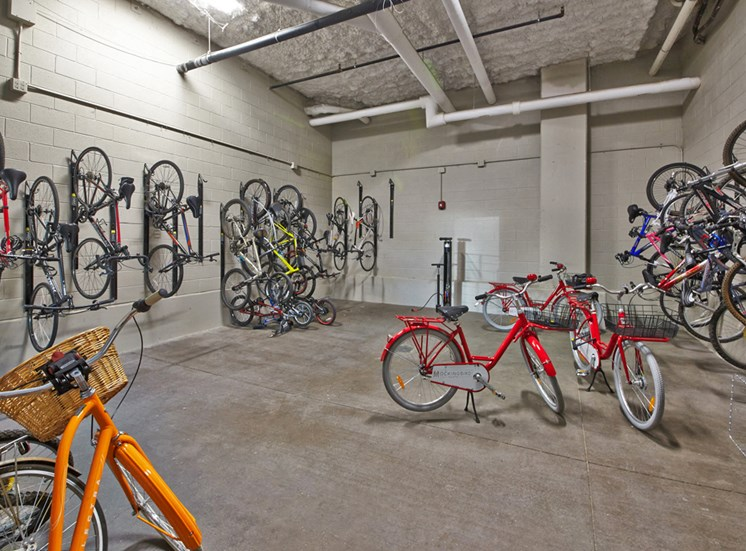 Mockingbird Flats Apartments for Rent in Dallas, TX, bike storage