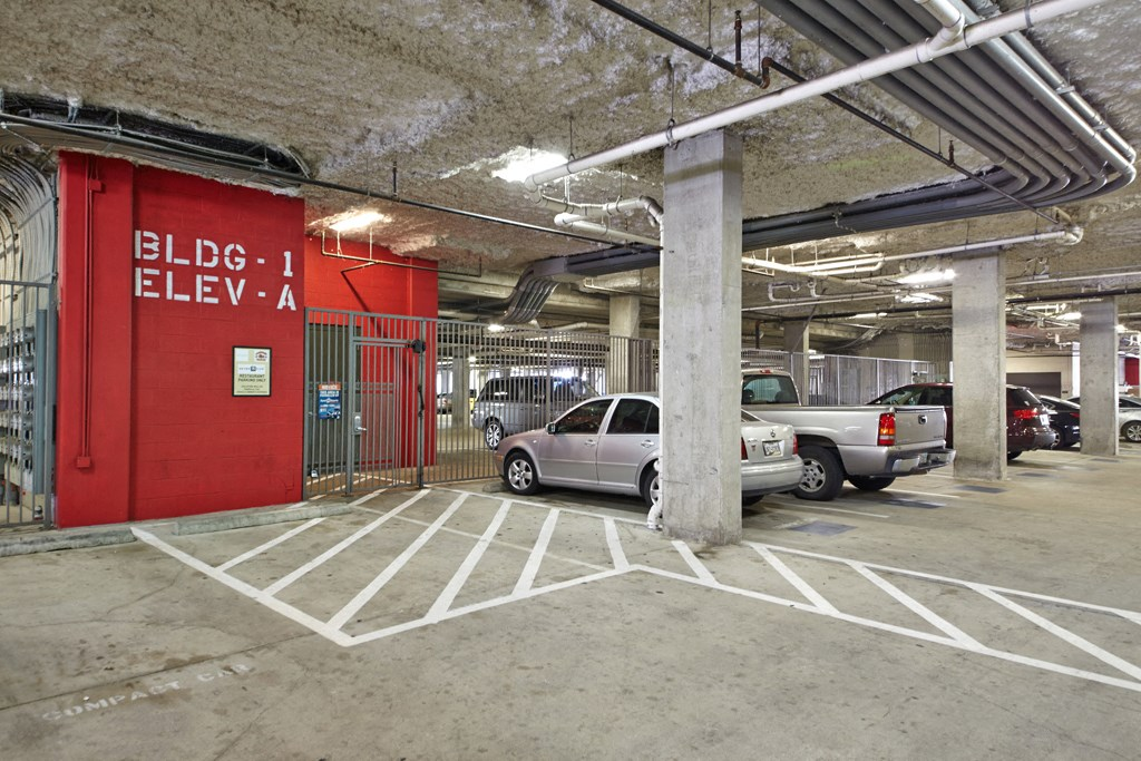 Mockingbird Flats Apartments For Rent In Dallas Tx Garage Parking
