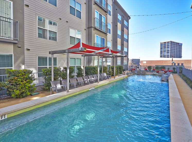 Mockingbird Flats Apartments for Rent in Dallas, TX, swimming pool