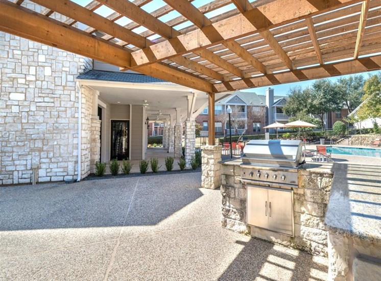 Creekside at Legacy; Apartments for Rent Plano, TX, Outdoor Kitchen with BBQ
