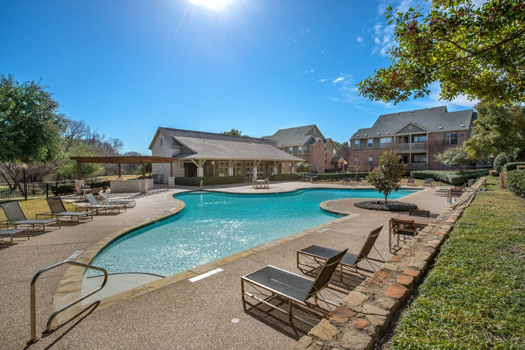 Creekside At Legacy Apartments For Rent Plano Tx Salt Water Pools